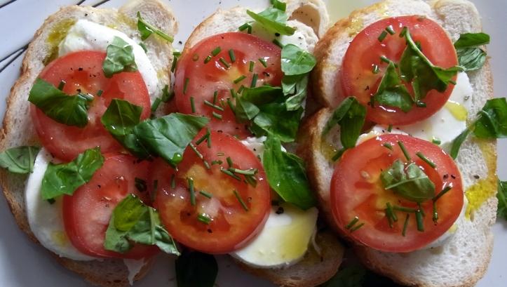 Delicious way to use fresh tomatoes with mozzarella